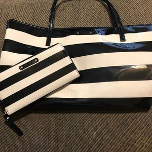 Kate Spade Black And White Patent Leather bag